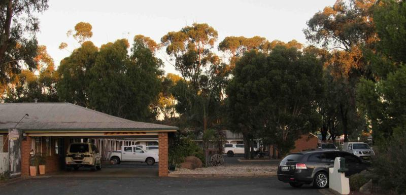 3 1/2 Star, Central NSW