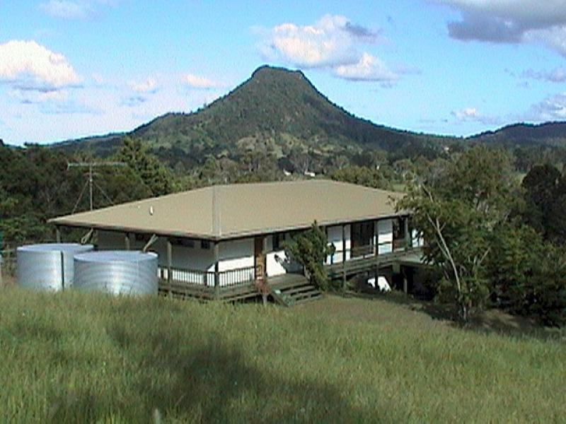 This 4.604 hectares (over 11 acres) property is located within Noosashire in beautiful Eerwah Vale