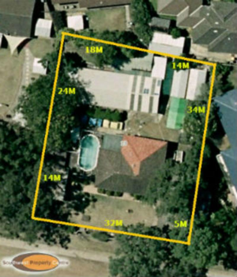 LAND APPROX 1233m2     . RUSE  RESIDENTIAL  DEVELOPMENT  POTENTIAL ? . Auction 26th April 2014 on site (at 12 midday) 23 Georges River Road Ruse NSW 2560.