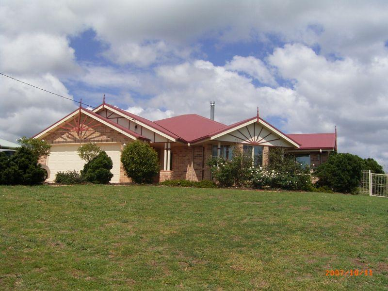 HIGHFIELDS. COMFORTABLE HOME. BIG FENCED BLOCK. EXTRA SHED.