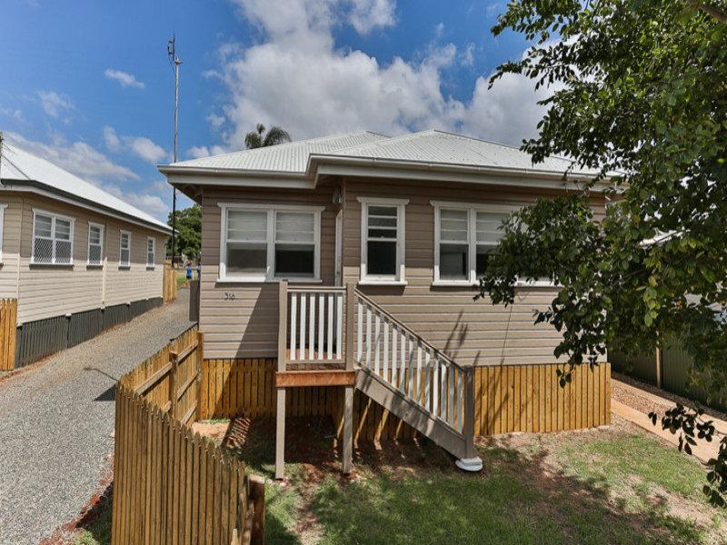 NEWTOWN BEAUTY - FULLY RENOVATED