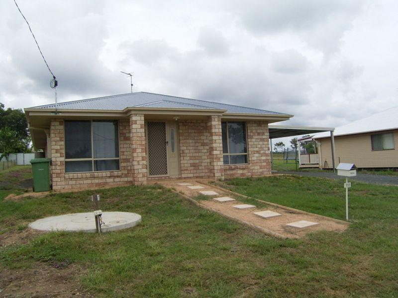 GOOMBUNGEE. 4 BEDROOM ENSUITE HOME