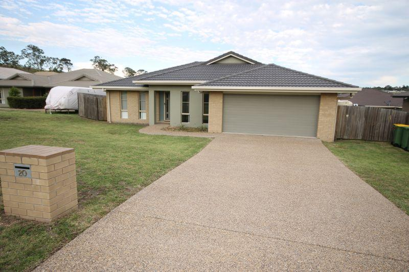 GLENVALE. A FINE FAMILY HOME. GREAT INVESTMENT PROPERTY