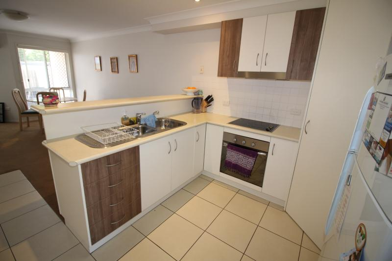 NORTH TOOWOOMBA. SECURE PRIVATE TOWNHOUSE