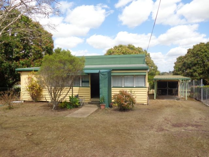1257m2 - Centrally located