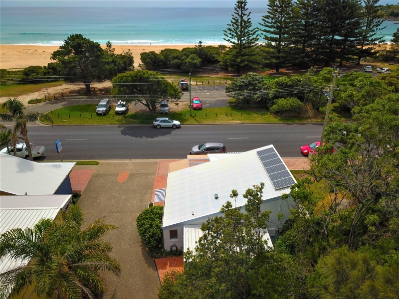 TATHRA INVESTMENT OPPORTUNITY DIRECTLY ACROSS FROM BEACH....