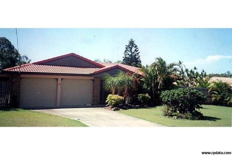 CAPALABA - GREAT LOCATION CLOSE TO SHOPS & SCHOOLS