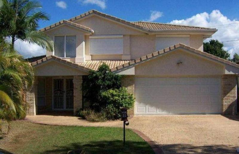 CAPALABA - BIG 2 STOREY HOME