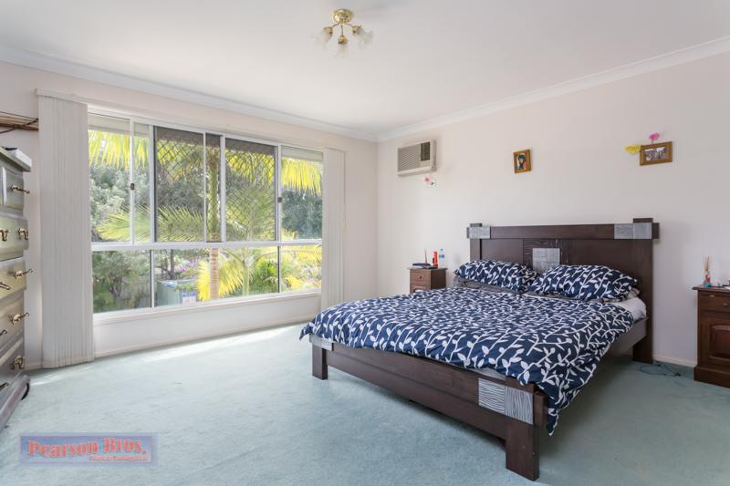 Pearson bros cleveland real estate thornlands real for The family room capalaba