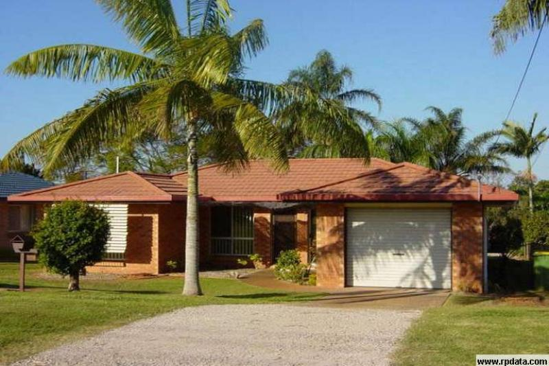 Redland Bay - Conveniently Located