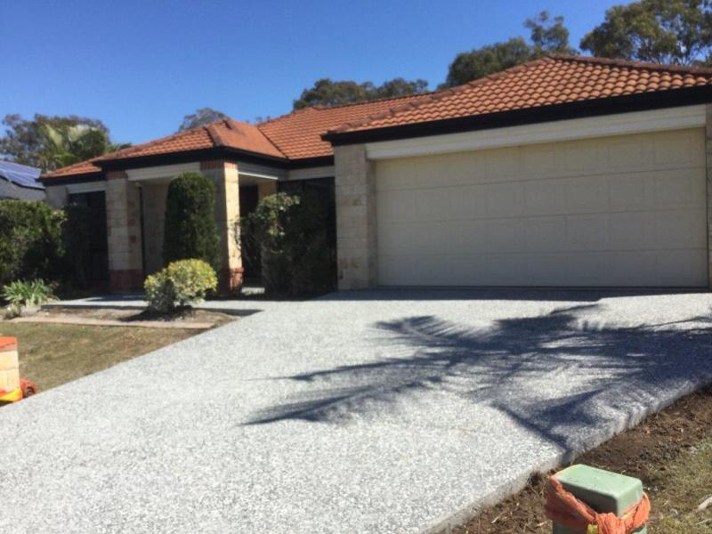 ORMISTON - PRESTIGIOUS BAYSIDE LOCATION - WALK TO TRAIN!