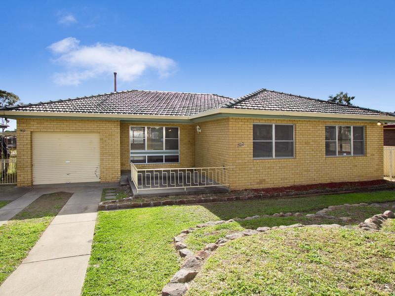 FOUR BEDROOM HOME SOUTH TAMWORTH