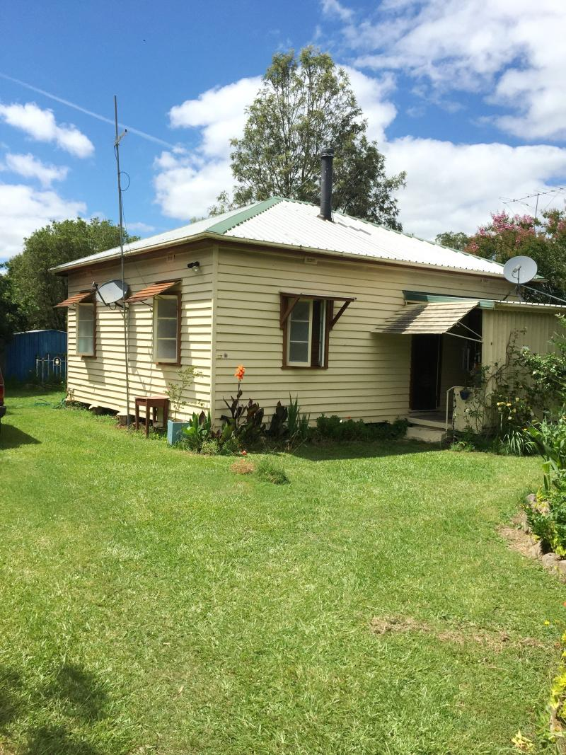 CHARMING & CLASSIC HOME IN NTHN RIVERS NSW