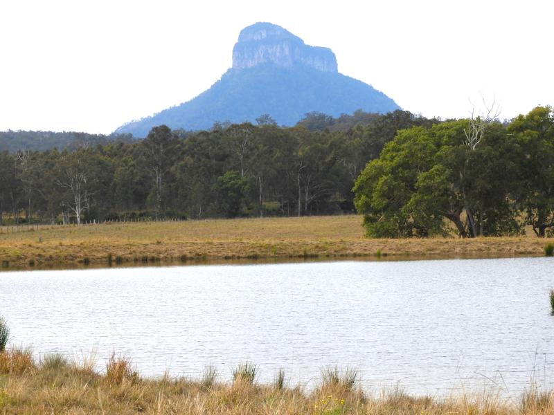 PRIME GRAZING - CROPPING - CREEK FRONTAGE