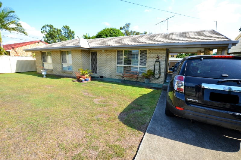 10 Therese St, Marsden QLD 4132