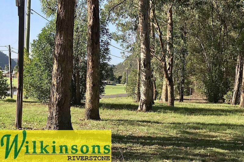 Over 9 acres of Rural Landscape Living & Nature Loving Bliss -  This is Living.... Golf, Fish & Ski