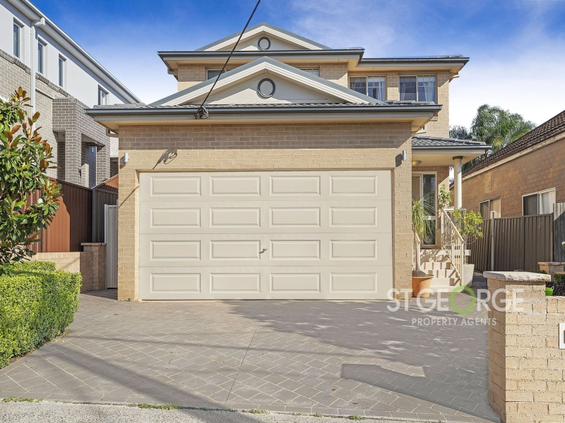 Superb Living in a Sought-After Locale