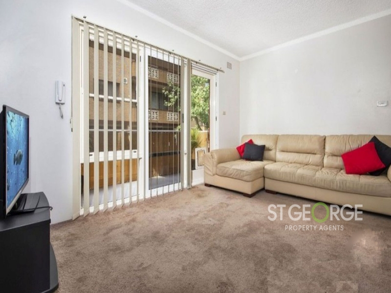 2 Bedroom Apartment with Northerly Aspect