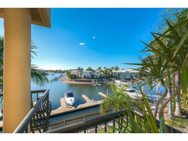 Water Views and Marina Berth!