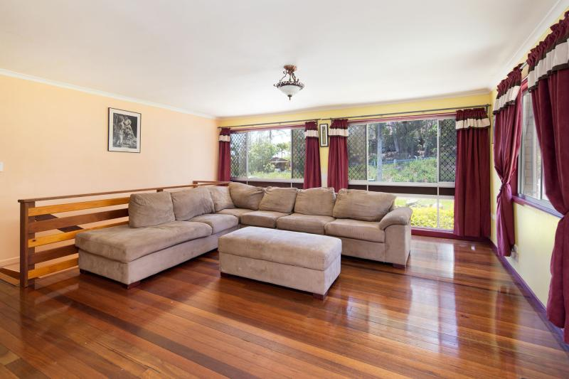 Excellent Family Home with a massive backyard!