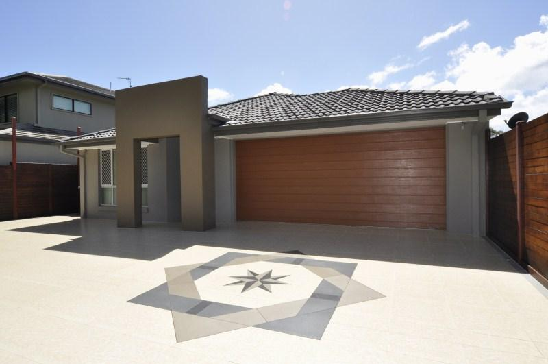 LOW MAINTENANCE HOME, IDEAL INVESTMENT