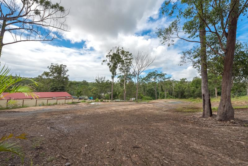 HUGE BLOCK OF RARE LAND FOR YOUR DREAM HOME!