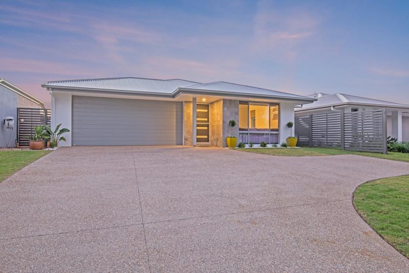 PRICE REDUCED! MAKE AN OFFER ON THIS BAYSIDE GEM!