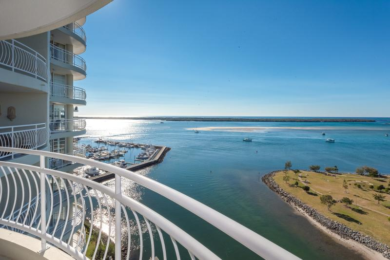 """The Iconic """"Bayview Shores"""" could be the next place you call home"""