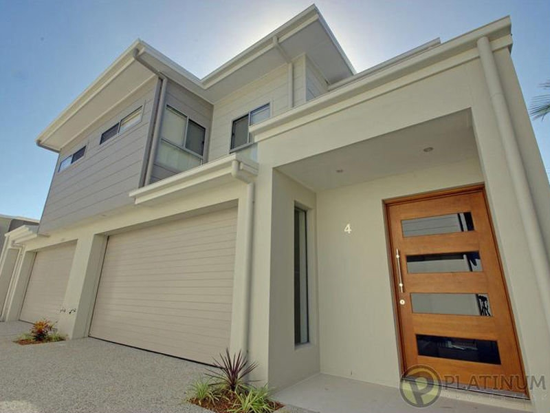 IMMACULATE TOWNHOUSE!