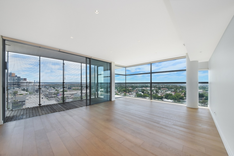 NEAR NEW 14th FLOOR APARTMENT, BREATHTAKING HARBOUR CITY AND DISTRICT VIEWS, OVERSIZE 2 BED 2 BATH AND DOUBLE SECURITY PARKING