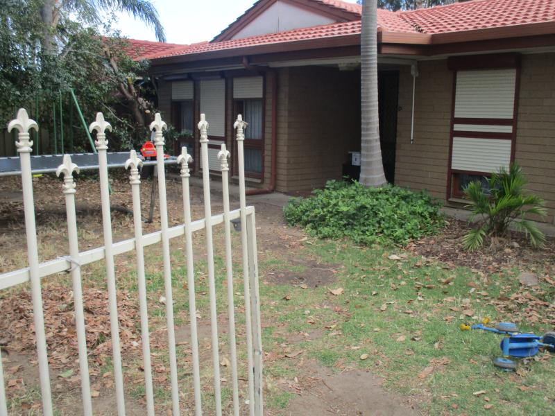 3 bedroom home close to the city