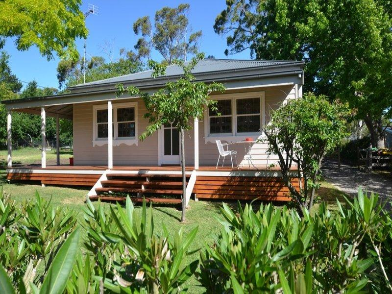1930's CLASSIC MINERS COTTAGE FULLY RENOVATED