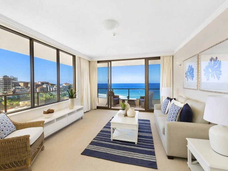 "Commanding uninterrupted ocean views from a luxuriously spacious 10th floor apartment within the iconic ""Pembroke"" building"