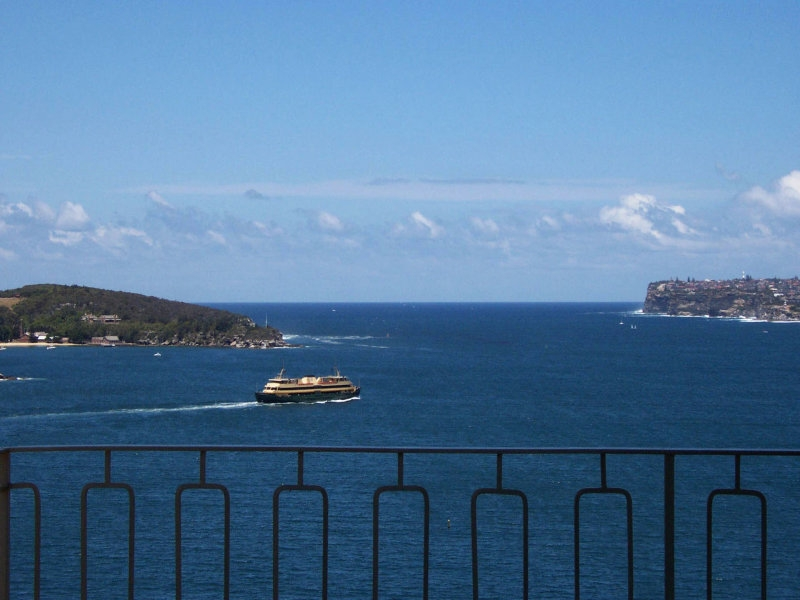 Unrivalled Harbour Views from this magnificent apartment
