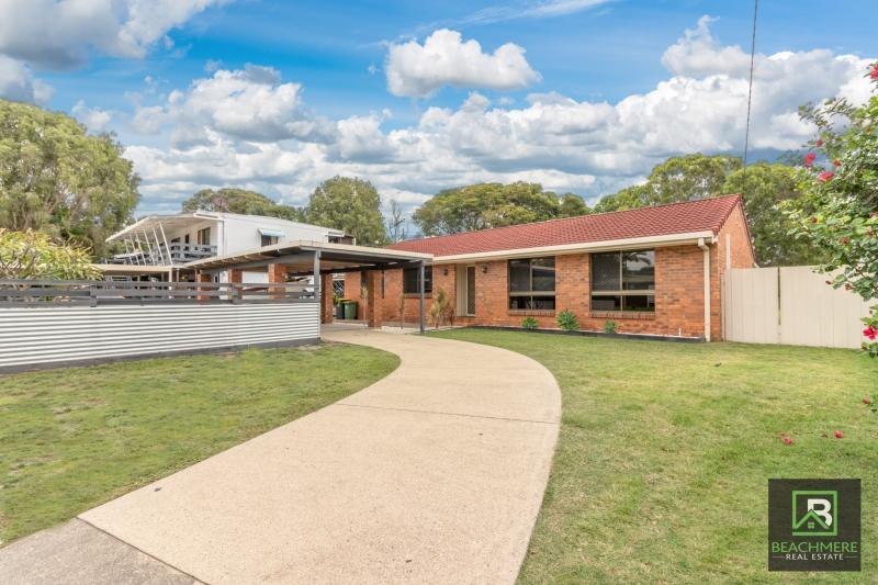 Large home large block and backing on to bushland.